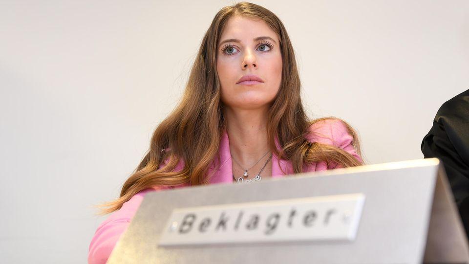 Cathy Hummels vor Gericht
