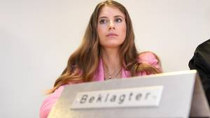 Cathy Hummels gewinnt den Prozess vor Gericht wegen Schleichwerbung