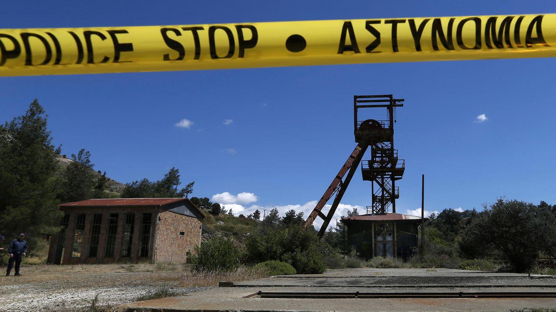 Polizeiabsperrung an einer Erzgrube in Zypern