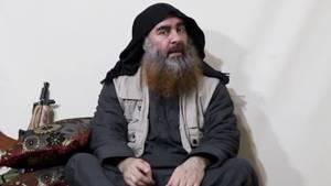 Ist das Abu Bakr al-Bagdadi? Screenshot aus dem am 29.04.2019 vom IS-KanalAl-Furkan veröffentlichten Video