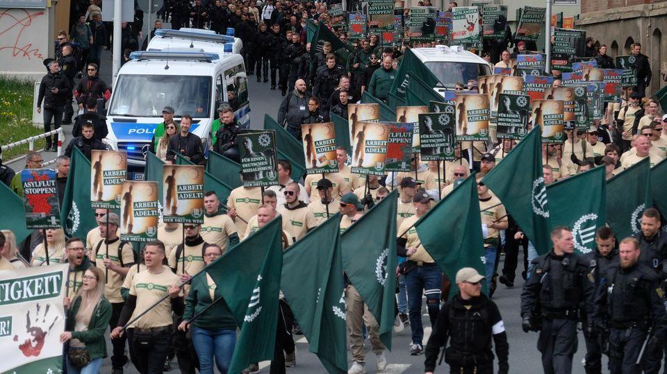 Zum 1. Mai - Rechter Aufmarsch in Plauen