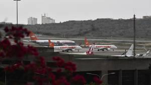 Flugzeuge parken am Flughafen Caracas
