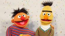 """Ernie und Bert sind sehr beliebte Figuren der Kultserie """"Sesamstraße""""."""