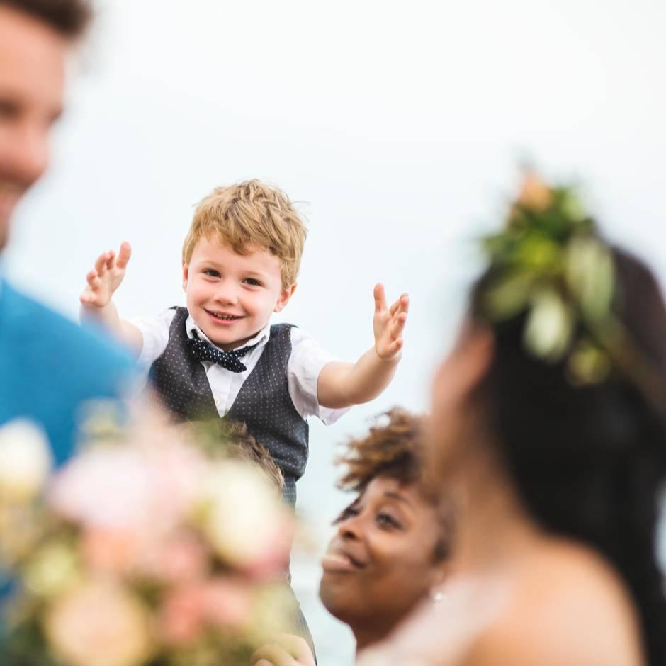 """Tweets der Woche: """"Mama, wenn ich mal heirate, darf ich dann dein Brautkleid anziehen?"""" Der Fünfjährige wird bezaubernd aussehen"""