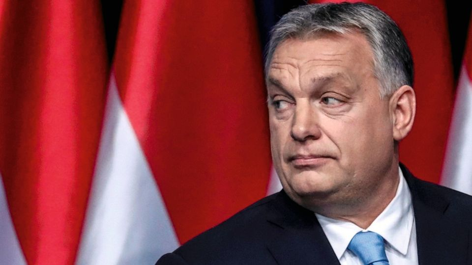 """Seit 2010 regiert Viktor Orbán in Ungarn. Sein Konzept der """"illiberalen Demokratie""""heißt vor allem zunehmende staatliche Kontrolle"""