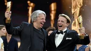 Gundermann - Hauptdarsteller Scheerer und Regisseur Dresen feiern ihre Lolas