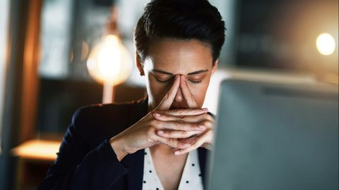 Frauen leiden stärker unter Stress im Job als Männer