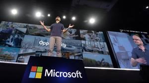Microsoft-Chef Satya Nadella auf der Bühne der Entwicklerkonferenz Build