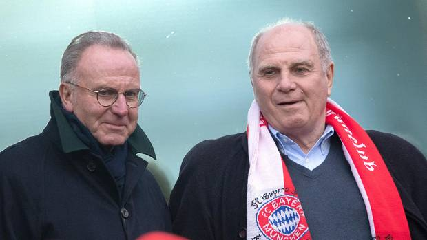 Karl-Heinz Rummenigge (l.) will offenbarauf der Zielgraden seiner Karriereden FC Bayern noch nach seinem Gusto umbauen - was macht Uli Hoeneß (r.)?