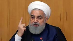 Der iranische Präsident Hassan Ruhani hat einen Teilausstieg seines Landes aus dem Atomabkommen bekanntgegeben
