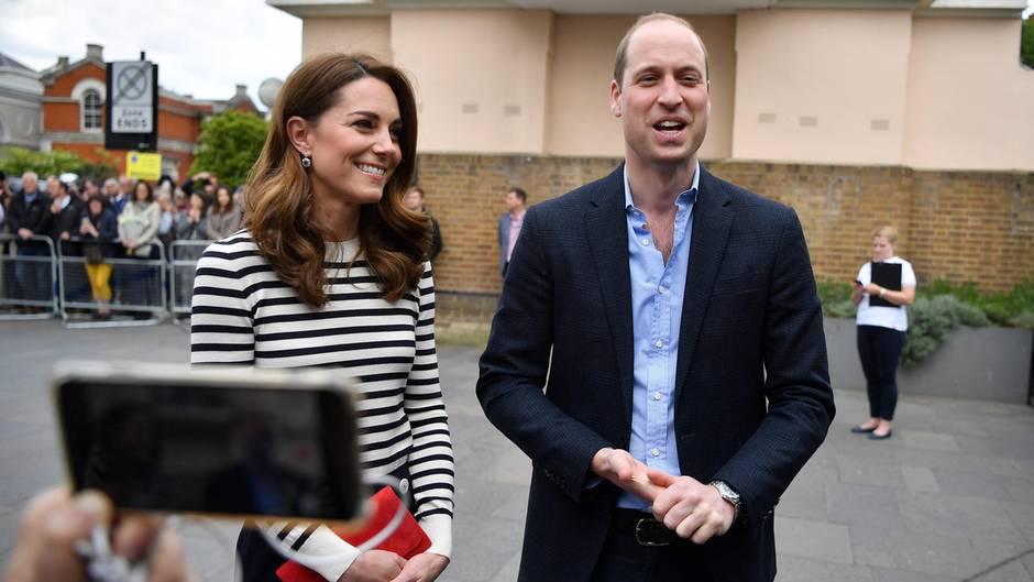"""Zur Geburt von Baby Sussex: Prinz William gratuliert Harry und heißt ihn in der """"Gesellschaft der schlaflosen Eltern"""" willkommen"""