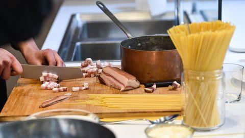Mit diesen Zutaten wird die weltbeste Spaghetti Bolognese zubereitet.