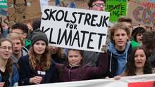 """Greta Thunberg und Luisa Neubauer bei einer """"Fridays for Future""""-Demo"""