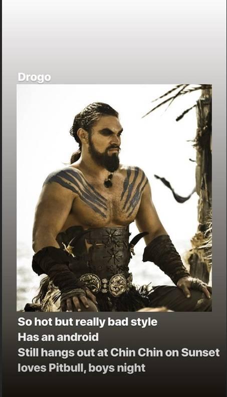 Khal Drogo sitzt