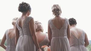 Reddit: Trauzeugin muss mit Ex-Verlobtem zum Altar