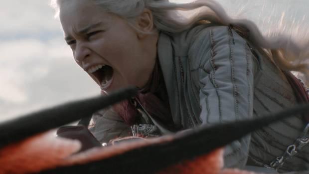 """Würde sich ungefähr mit diesem Gesicht über """"Game of Thrones""""-Hater aufregen: Daenerys Targaryen"""