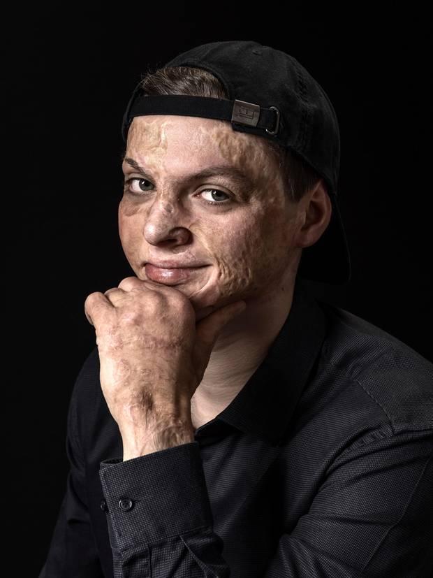 Survivors: Terroropfer Adrian Esper