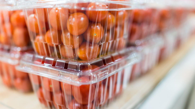 Verbraucherzentrale : Discounter verpacken Lebensmittel in zu viel Plastik - Verbraucher zahlen bei loser Ware drauf