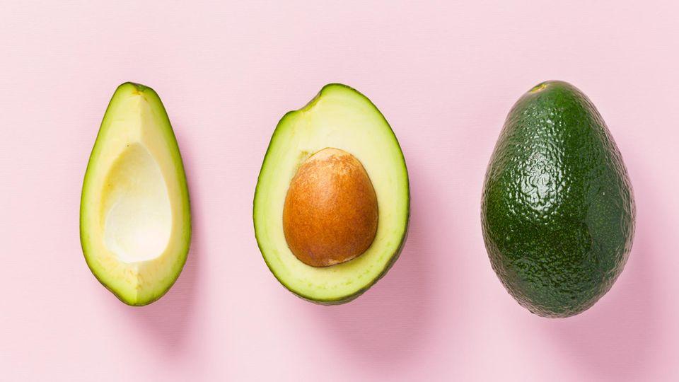 Wenn du selbst eine Haarkur machen willst, dann darf Avocado nicht fehlen
