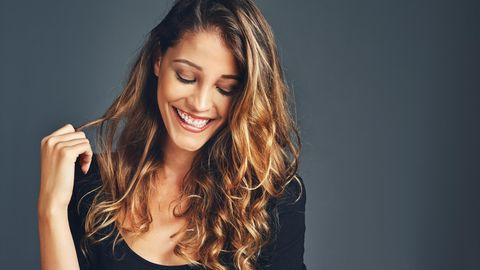Haarkur selber machen: Mit diesen drei Rezepten gelingt es