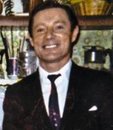 Das Fotoihres Vaters mit Krawattestammt aus den 70er Jahren