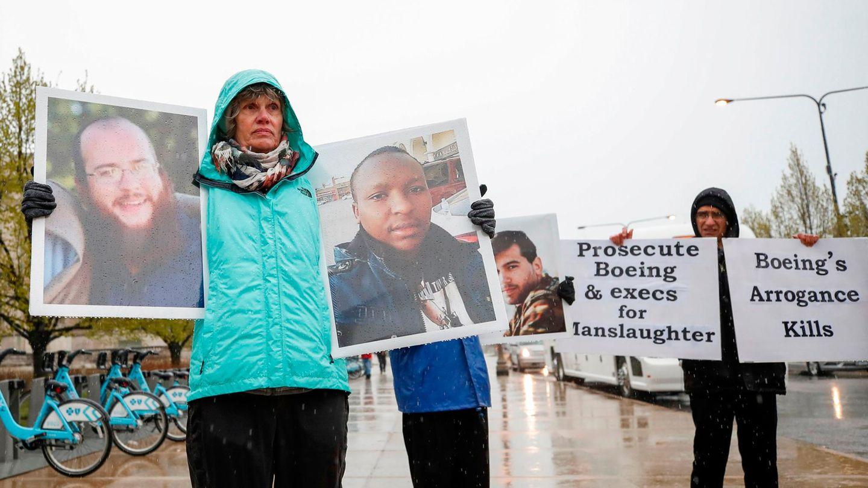 Demonstration beim Aktionärsversammlung Ende April in Chicago:Angehörige von Opfern des Fluges 302 vonEthiopian Airlines verlangen, dass Boeing strafrechtlich verfolgt und wegen Totschlags angeklagt wird.