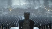 Das zweite Bild zeigt Daenerys vor ihren Truppen. Bei den Fans wirft es gleich mehrere Fragen auf