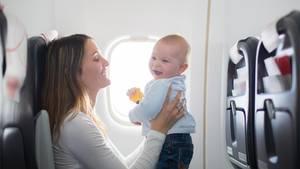 Tipps fürs Fliegen mit Kindern