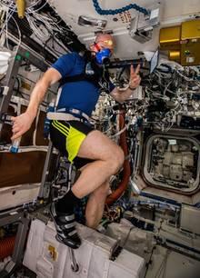 Alexander Gerst trainiert auf der ISS