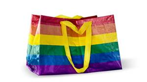 Ikea-Tasche in Regenbogenfarben