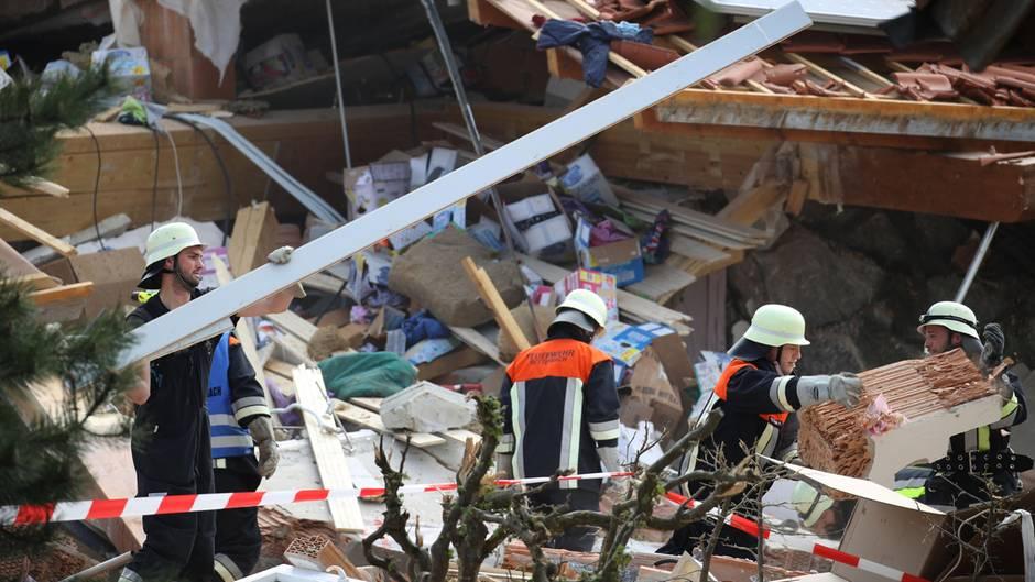 In Rettenbach kam es zu einer Explosion in einem Gebäude