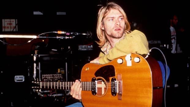 Pizza-Pappteller von Nirvana-Frontmann Kurt Cobain versteigert