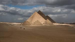 In der Nähe der Pyramiden von Gizeh ist ein Touristenbus von einer Explosion erschüttert worden (Symbolbild)