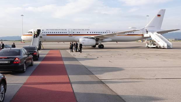 Mai 2019  Bundesaußenminister Heiko Maas (SPD) konnte am Sonntag erst mit einstündiger Verspätung zu einem Besuch in Bulgarien starten: Der Airbus A321 der Flugbereitschaft der Bundeswehr hatte Probleme mit der Hilfsturbine.