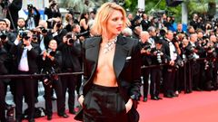 Anja Rubik in Cannes