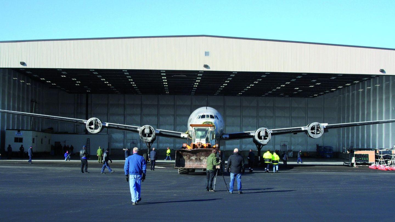 Hangar Auburn in Mane
