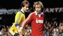 Manni Burgsmüller 1982 im roten BVB-Trikot