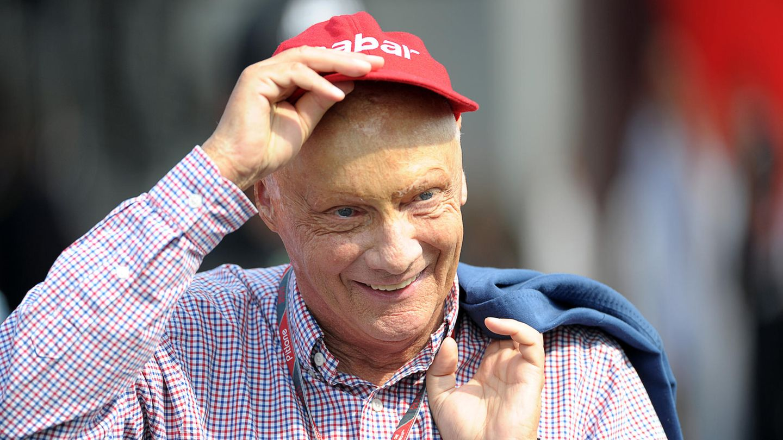Die rote Kappe seines Sponsors war Laudas Markenzeichen.