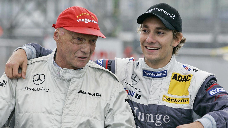 Das Interesse für Motorsport gab Lauda seinem Sohn Matthias mit.Mathias Lauda startete 2006 bei der DTM für Mercedes.