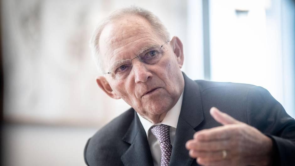 Schäuble hält Erpressung Straches für möglich – und spekuliert über Geheimdienstbeteiligung