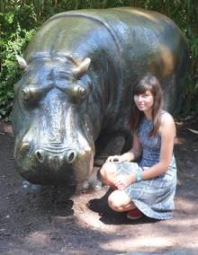 Dieses FotoCarina U. als Teenager auf einer Klassenfahrt im Berliner Tiergarten