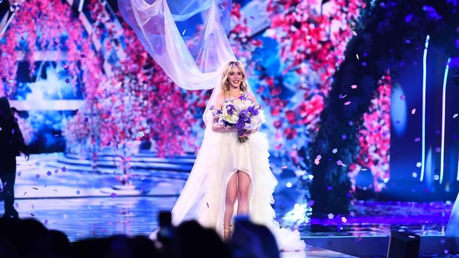 """""""Germany's Next Topmodel""""-Finale: Hochzeit von Ex-Kandidatin Theresia"""