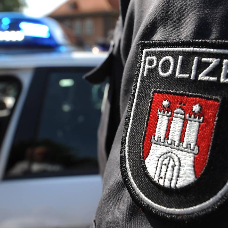Hamburg: Unbekannter spricht Mädchen an – Polizei sucht Fahrer eines Kleinbusses