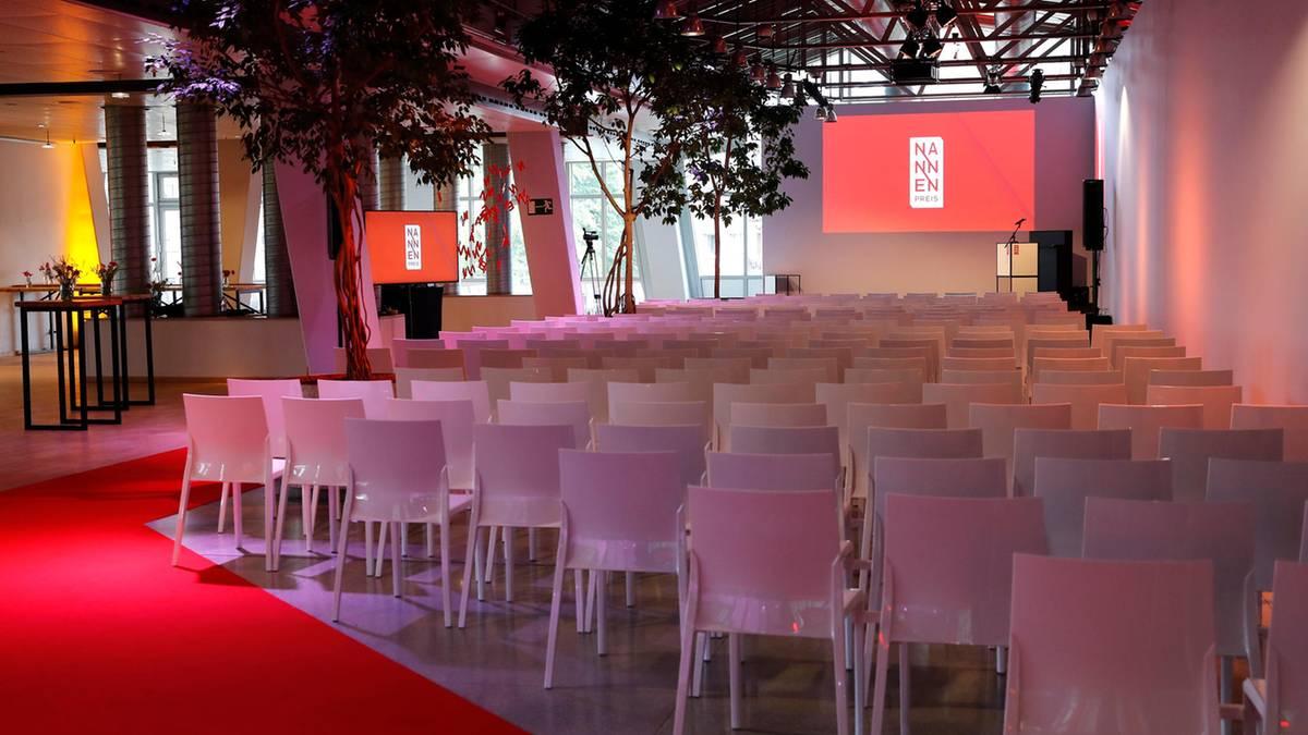 Verleihung und Hamburg: Toller Journalismus und tolle Gäste beim Nannen Preis – die besten Bilder vom roten Teppich