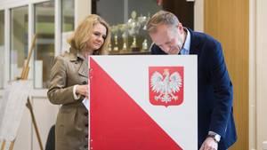 europawahl 2019 EU-Ratspräsident Tusk gibt seine Stimme ab
