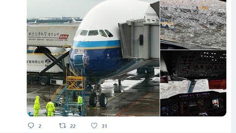 China Southern: Scheiben zersplittert: Airbus A380 wird in Hagelschauer schwer beschädigt