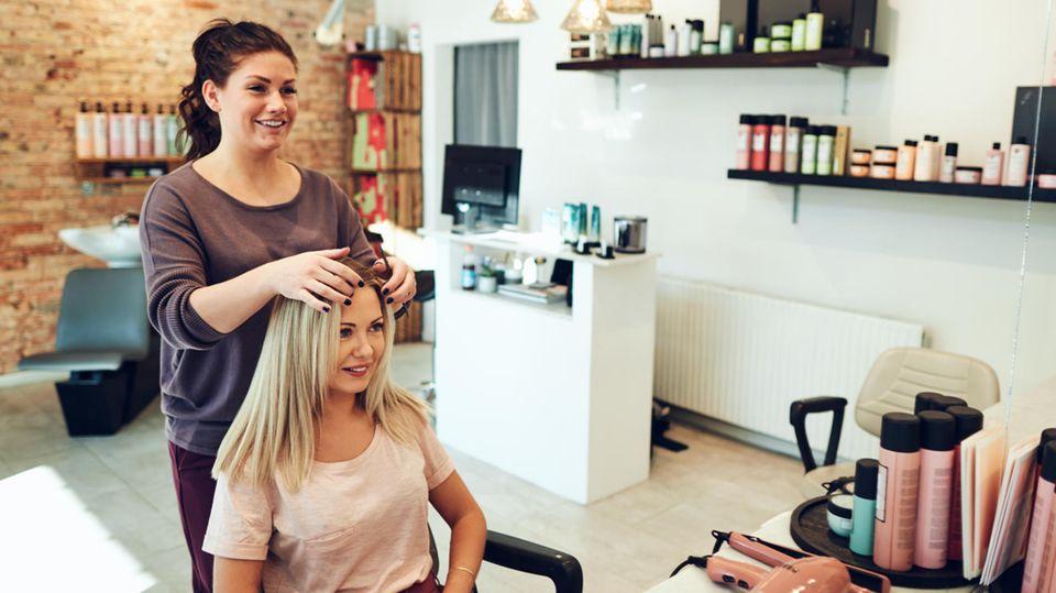 Besuche beim Friseur werden teurer