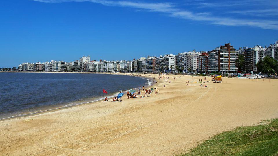 Die Playa de los Pocitos isteine der schönsten Buchten Montevideos
