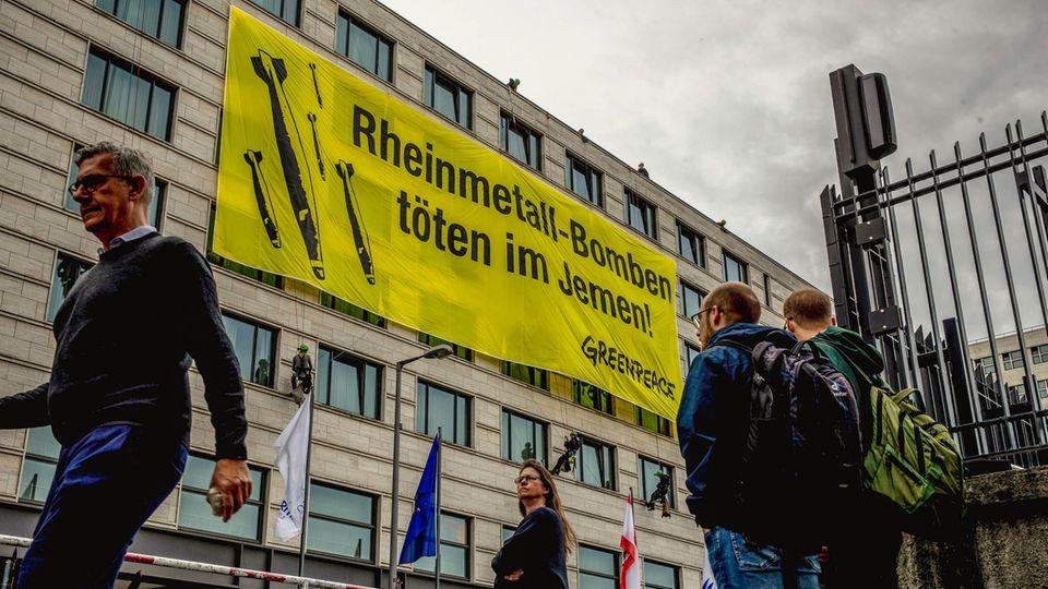 Protest gegen Rheinmetall: Rüstungskonzern wegen Jemen in Kritik