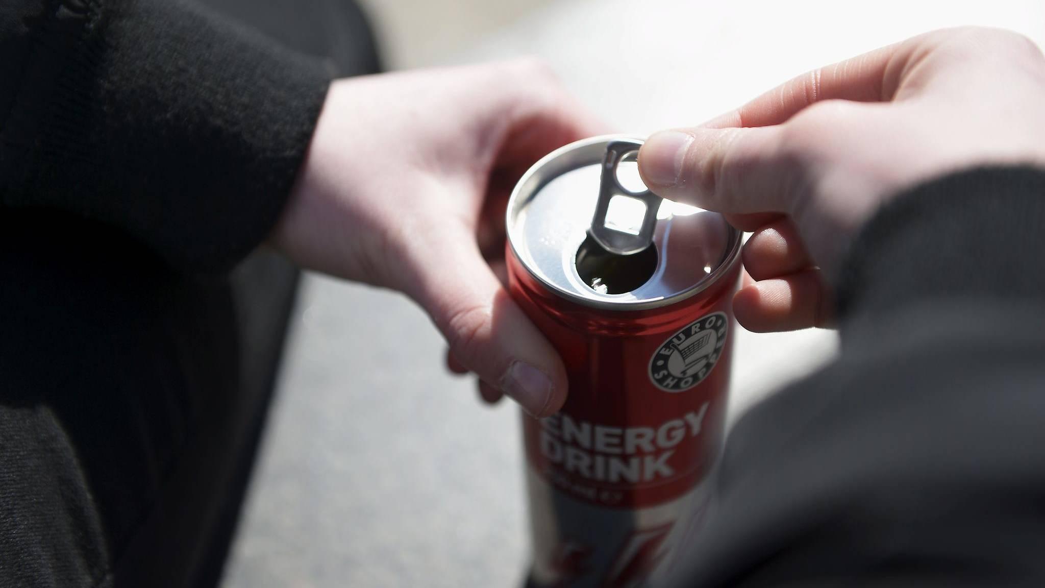 Ab wann darf man energy drinks kaufen | Jugendschutz: Ab ...